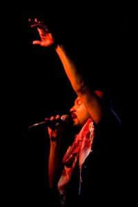 tarek-arm-up-w-mic